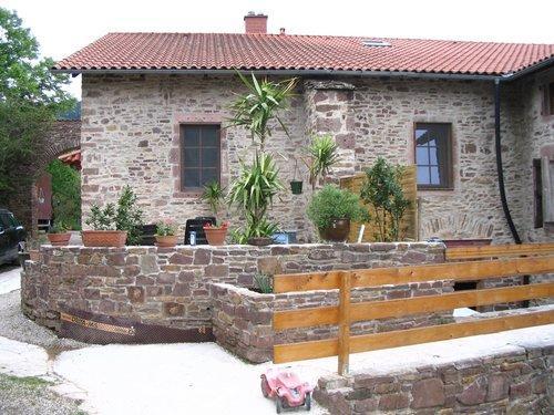 Peux-et-Couffouleux (Aveyron) Les Bonnels