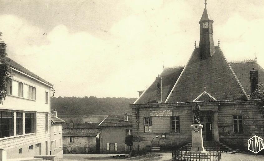 Pouilly-sur-Meuse (Meuse) La mairie et groupe scolaire