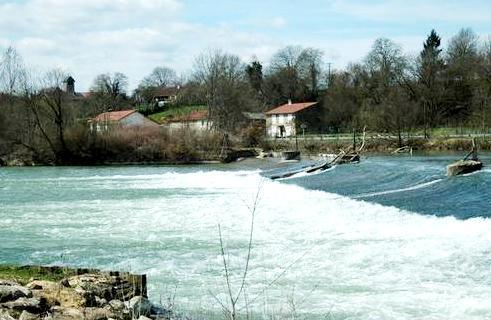 Pouilly-sur-Meuse (Meuse) Le barrage