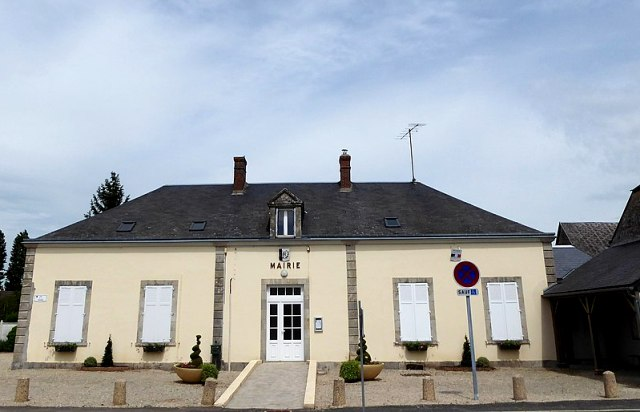 Prasville (28) La Mairie