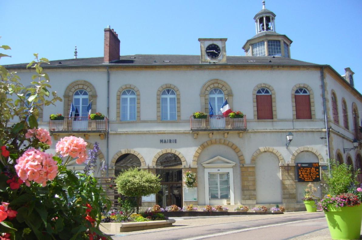 Prémery (Nièvre) L'Hôtel de Ville