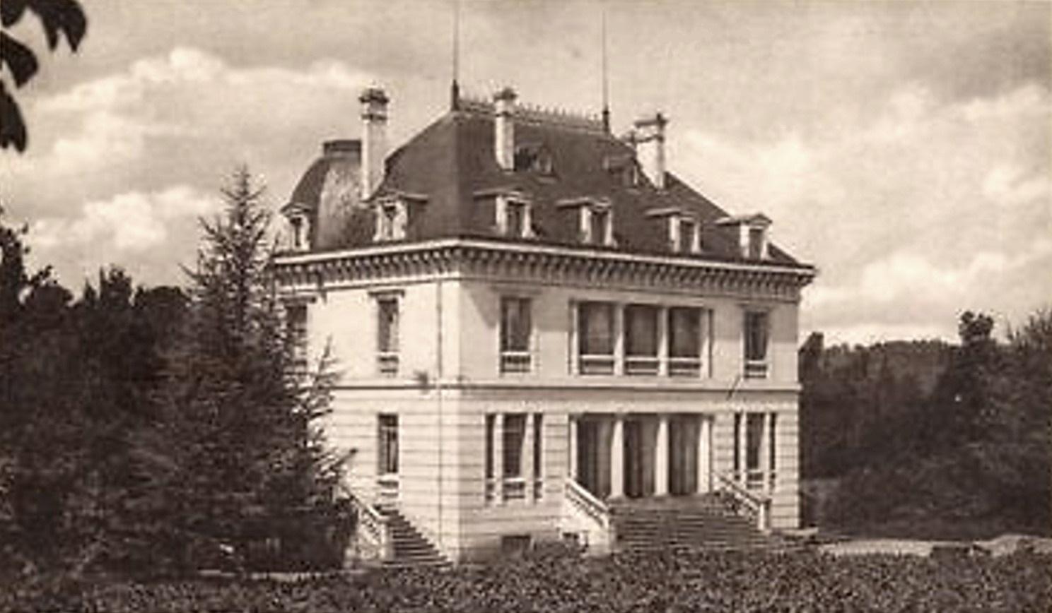 Prémery (Nièvre) Le château des Sainfoins CPA