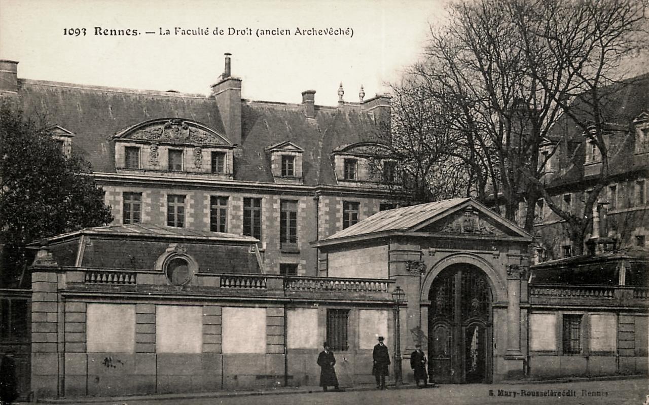 Rennes (Ille-et-Vilaine) L'ancien archevêché CPA