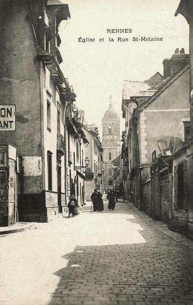 Rennes (Ille-et-Vilaine) La rue Saint-Melaine et l'église au fond CPA