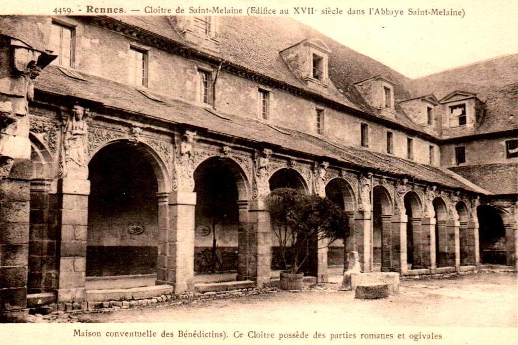Rennes (Ille-et-Vilaine) Le cloître Saint-Melaine CPA