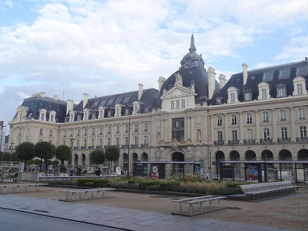 Rennes (Ille-et-Vilaine) Le Palais du Commerce