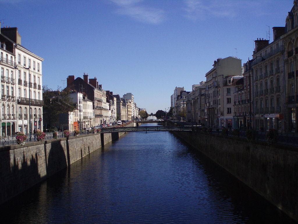 Rennes (Ille-et-Vilaine) Les quais canalisés de la Vilaine