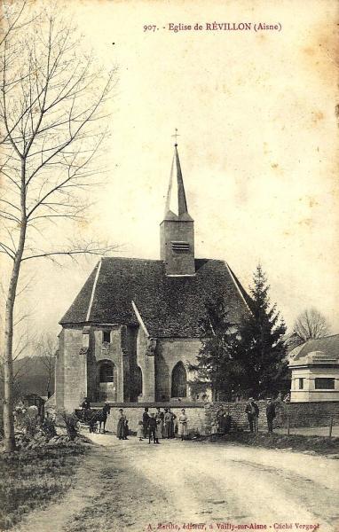 Revillon (Aisne) CPA église Saint-Pierre