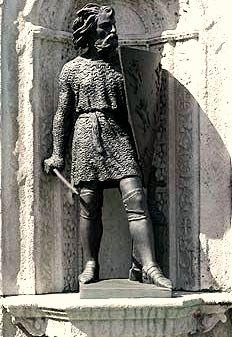 Robert IV dit le Fort, statue d'Angers