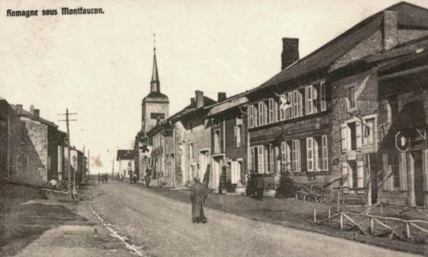 Romagne-sous-Montfaucon (Meuse) 1914-1918, rue de l'église CPA