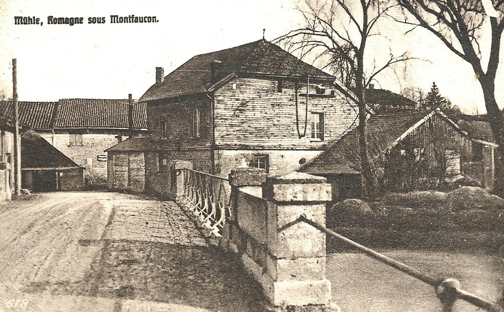 Romagne-sous-Montfaucon (Meuse) Le moulin à eau CPA