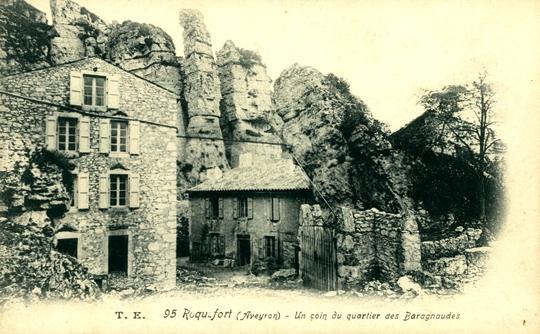 Roquefort-sur-Soulzon (Aveyron) CPA Le quartier des Baragnaudes
