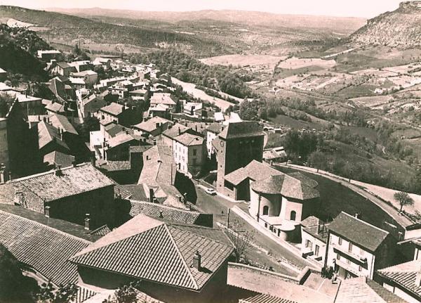 Roquefort-sur-Soulzon (Aveyron) CPA Vue générale