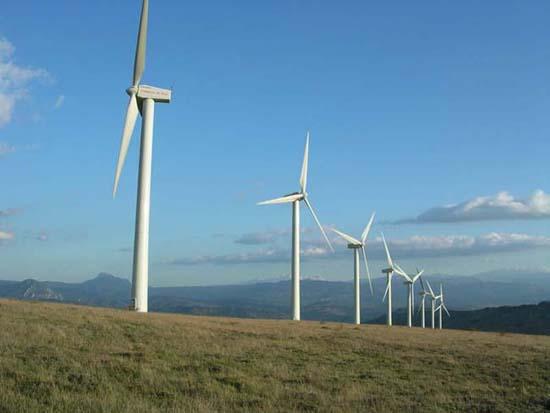 Roquetaillade (Aude) Le parc éolien