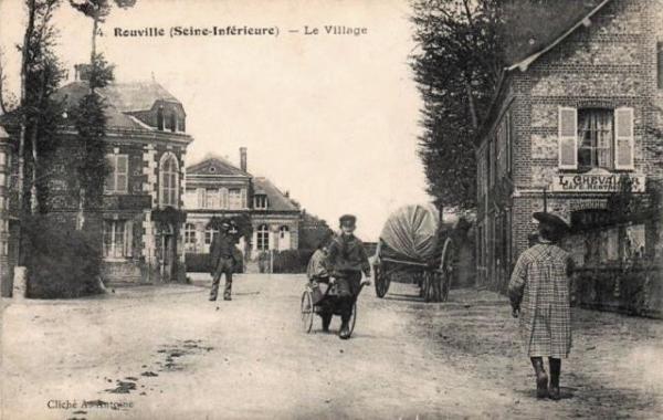 Rouville (Seine Maritime) CPA