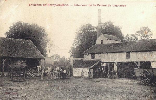 Rozoy-Bellevalle (Aisne) CPA Ferme Lagrange