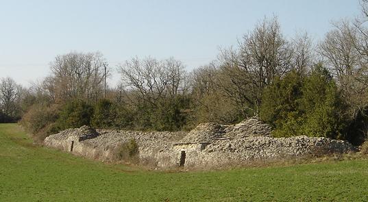 Saint-Affrique (Aveyron) Couriac, une cazelle double