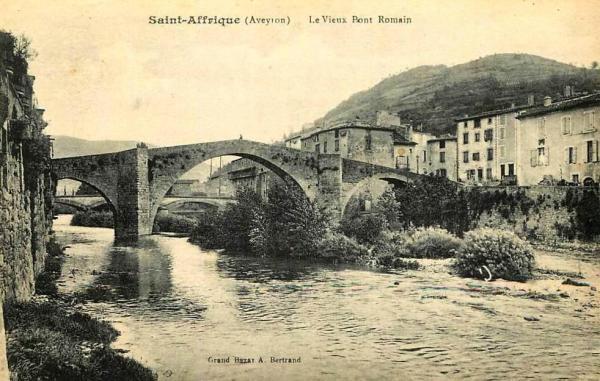 Saint-Affrique (Aveyron) CPA le pont Vieux