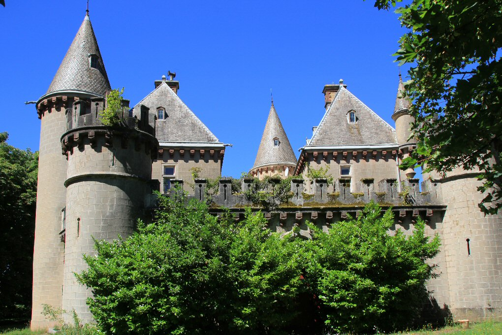 Saint-Affrique (Aveyron) Vailhauzy, le château