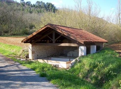Saint-Beauzile (Tarn) le lavoir de La Dugarié