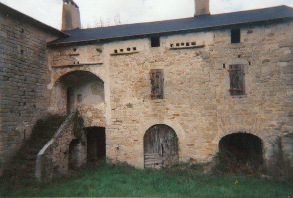 Saint-Félix-de-Sorgues (Aveyron) Saint-Caprazy