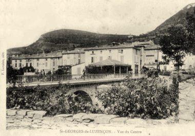 Saint-Georges-de-Luzençon (Aveyron) Le centre en 1906