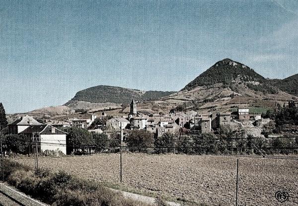 Saint-Georges-de-Luzençon (Aveyron) Le pic de Ménascle