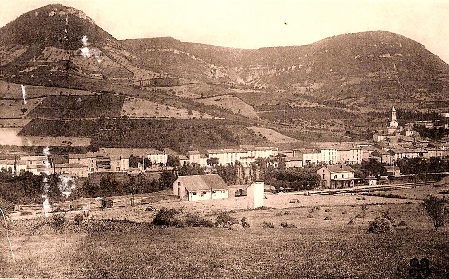 Saint-Georges-de-Luzençon (Aveyron) Vue générale en 1936