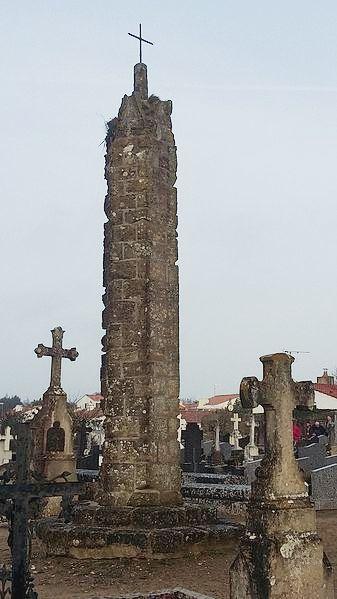 Saint-Gervais (Vendée) La croix hosannière au cimetière