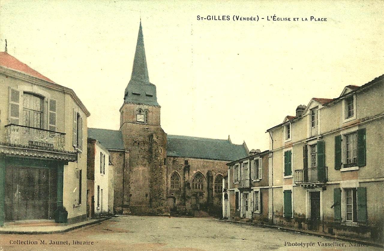 Saint-Gilles-Croix-de-Vie (Vendée) L'église Saint Gilles CPA