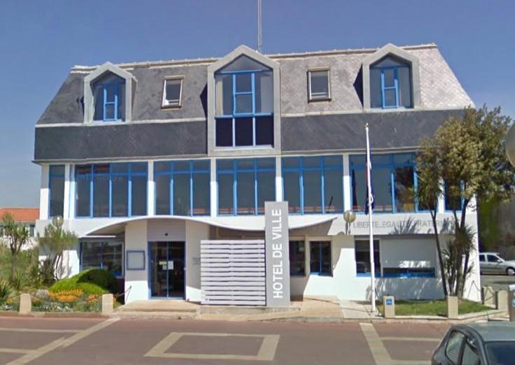 Saint-Gilles-Croix-de-Vie (Vendée) La mairie en 2011
