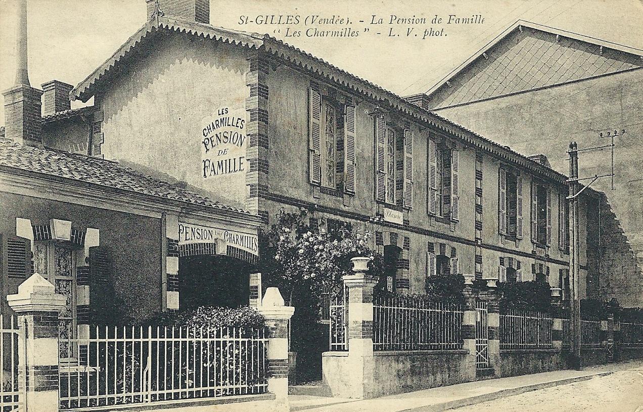 Saint-Gilles-Croix-de-Vie (Vendée) La pension de famille, Les Charmilles CPA
