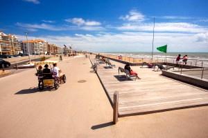 Saint-Hilaire-de-Riez (Vendée) L'esplanade de la mer