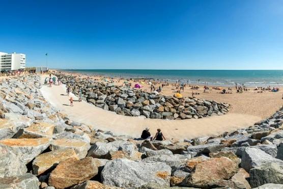 Saint-Hilaire-de-Riez (Vendée) La plage des Becs