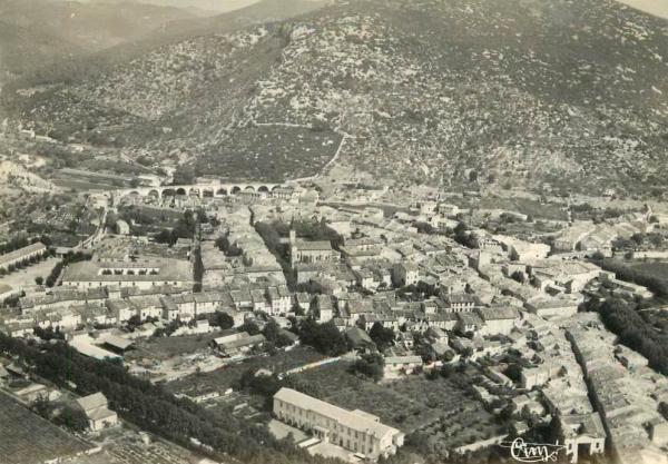 Saint-Hippolyte-du-Fort (Gard) CPA Vue aérienne