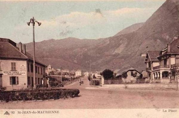 Saint-Jean-de-Maurienne (Savoie) CPA