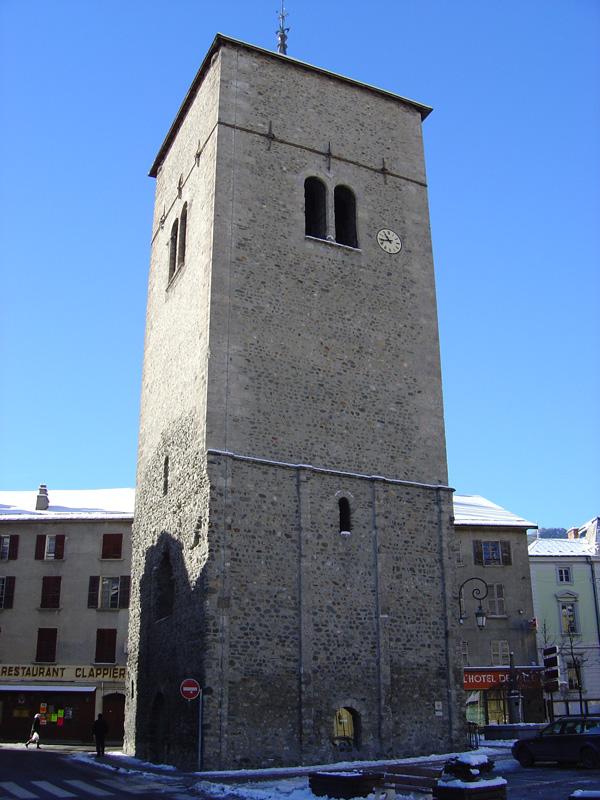 Saint-Jean-de-Maurienne (Savoie) L'ancien clocher de l'église