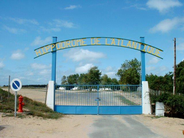 Saint-Jean-de-Monts (Vendée) L'hippodrome
