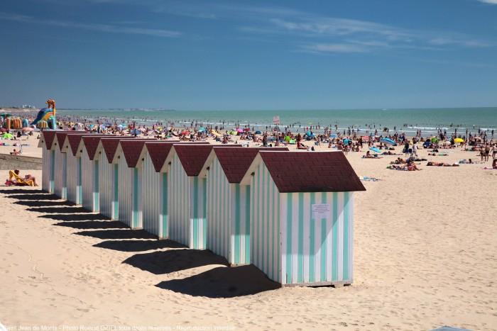 Saint-Jean-de-Monts (Vendée) La plage et les cabines