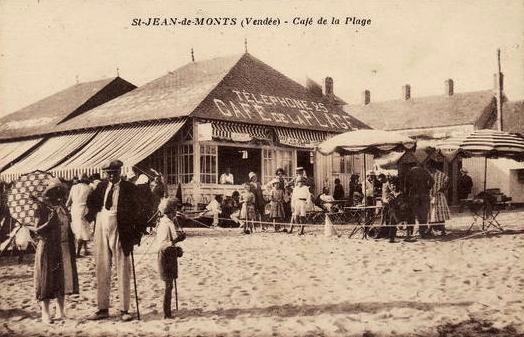 Saint-Jean-de-Monts (Vendée) Le café de la plage CPA