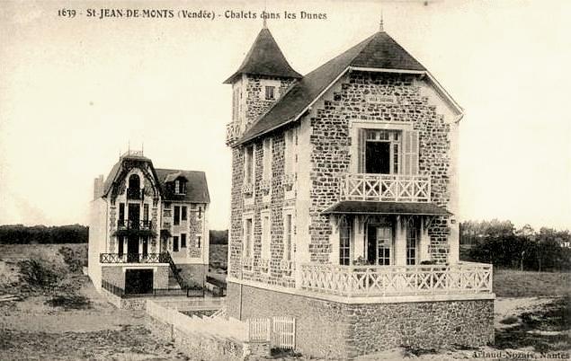 Saint-Jean-de-Monts (Vendée) Les chalets dans les dunes CPA