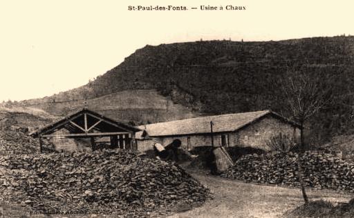 Saint-Jean-et-Saint-Paul (Aveyron) CPA Cap Usclat, usine de chaux