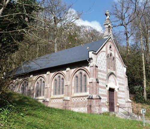 Les Petites Dalles, la chapelle