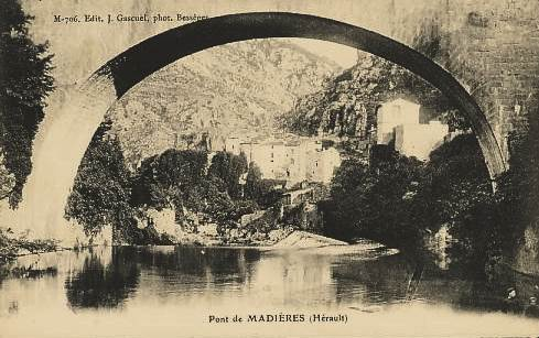 Saint-Maurice-Navacelles (Hérault) Le pont romain CPA