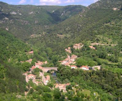 Saint-Maurice-Navacelles (Hérault) Madières, vue générale