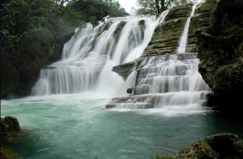 Saint-Maurice-Navacelles (Hérault) Navacelles, la cascade