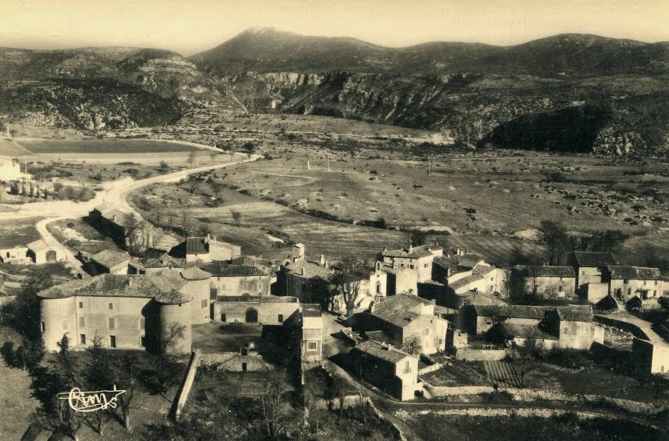 Saint-Maurice-Navacelles (Hérault) Vue générale CPA