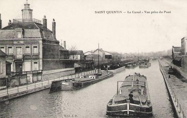 Saint-Quentin (Aisne) CPA le canal vue du pont