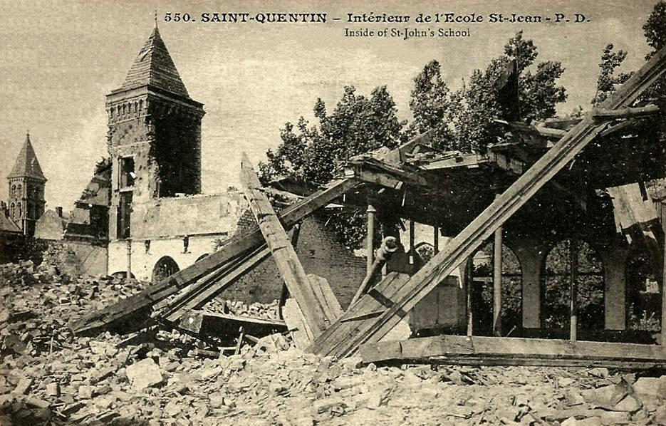 Saint-Quentin (Aisne) CPA 1914, l'école Saint Jean