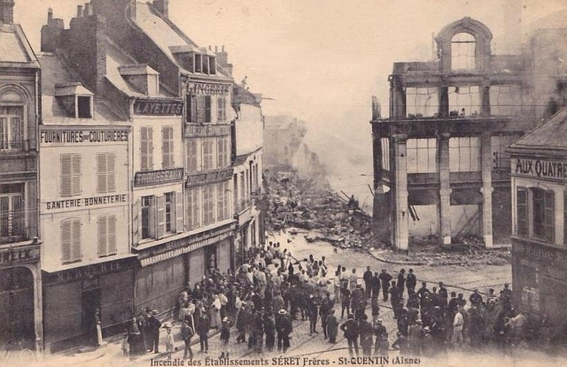 Saint-Quentin (Aisne) CPA Ets Séret incendie 1908